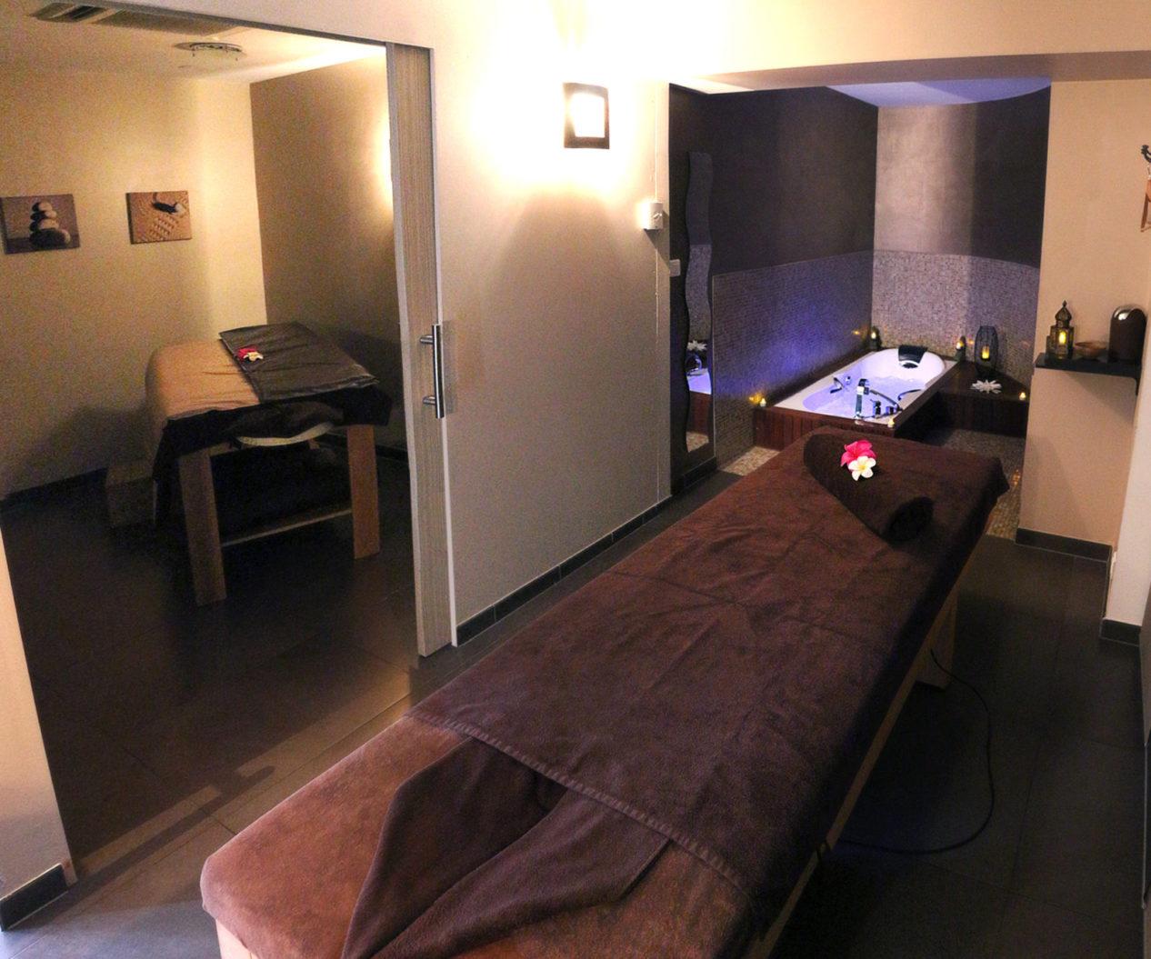 bellissime-salle-duo-massage-balneo
